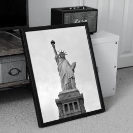 Statua Wolności czarno