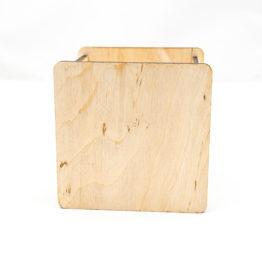drewniane pudełko na kredki i długopisy