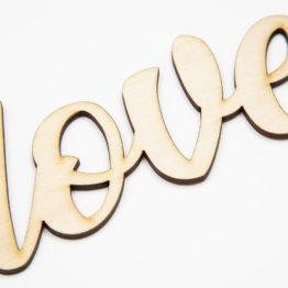 napis z drewna