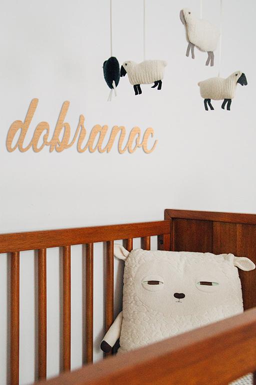 pokój dziecięcy ciekawa dekoracja na ścianę