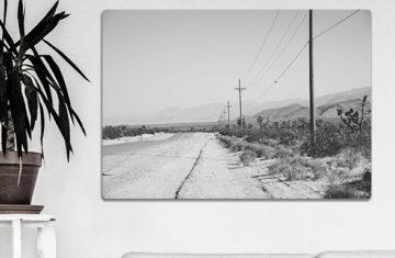 czarno-biały obraz retro pustynia