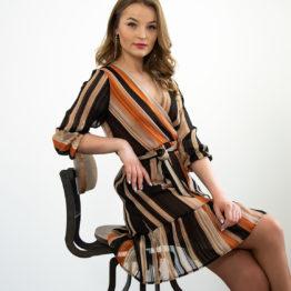brązowa szyfonowa sukienka