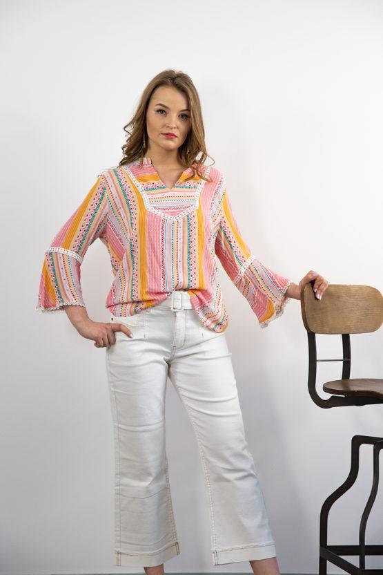 Kolorowa bluzka letnia