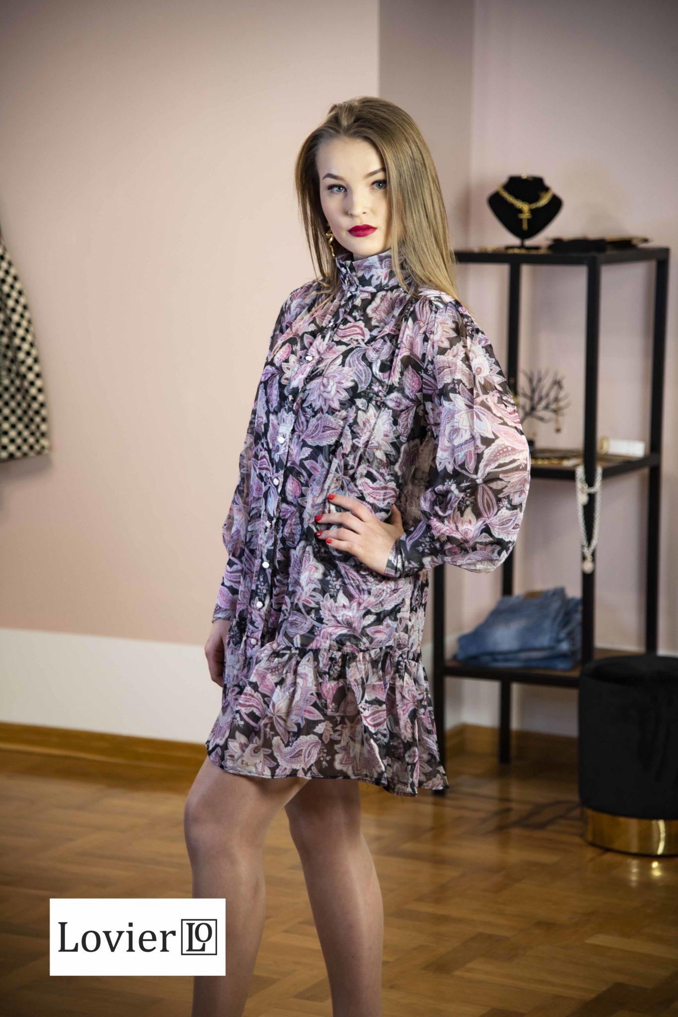 krótka szyfonowa sukienka