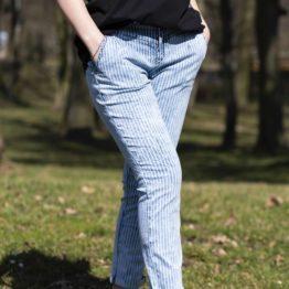 Spodnie jeansowe w paski